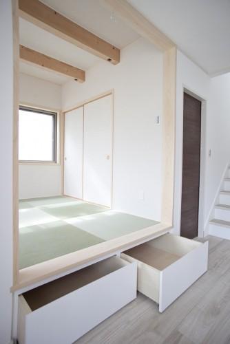 和室収納スペース