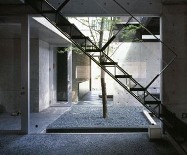 エスバイエルホームの中庭イメージ