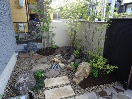 和風な坪庭