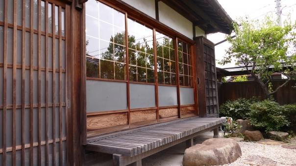 日本家屋縁側
