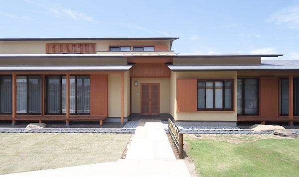 平屋二世帯住宅60坪