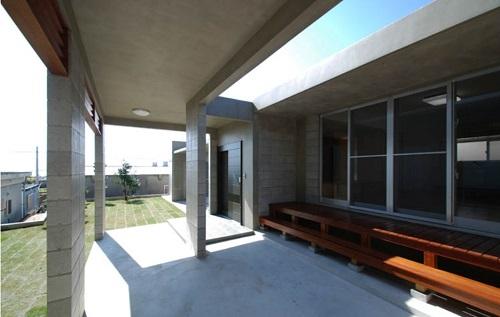 鉄筋コンクリートの平屋